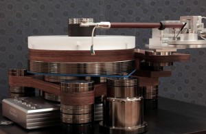 Black Pearl turntable